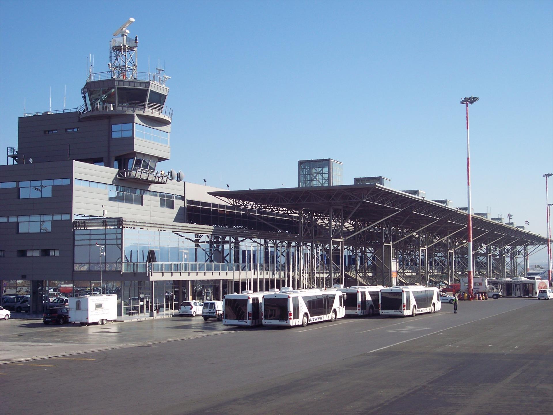 Как добраться из аэропорта Салоники до центра города?